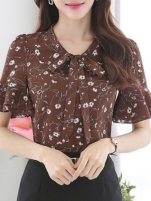 Tie Collar Floral Bell Sleeve Blouse, 11436589