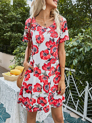 Slim-fit Rose Print Pocket Short-sleeved Dress, 27590412, BERRYLOOK  - buy with discount