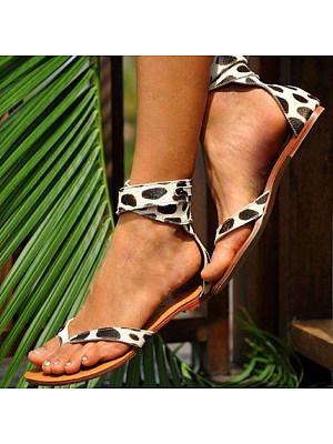 Women's fashion flat sandals фото