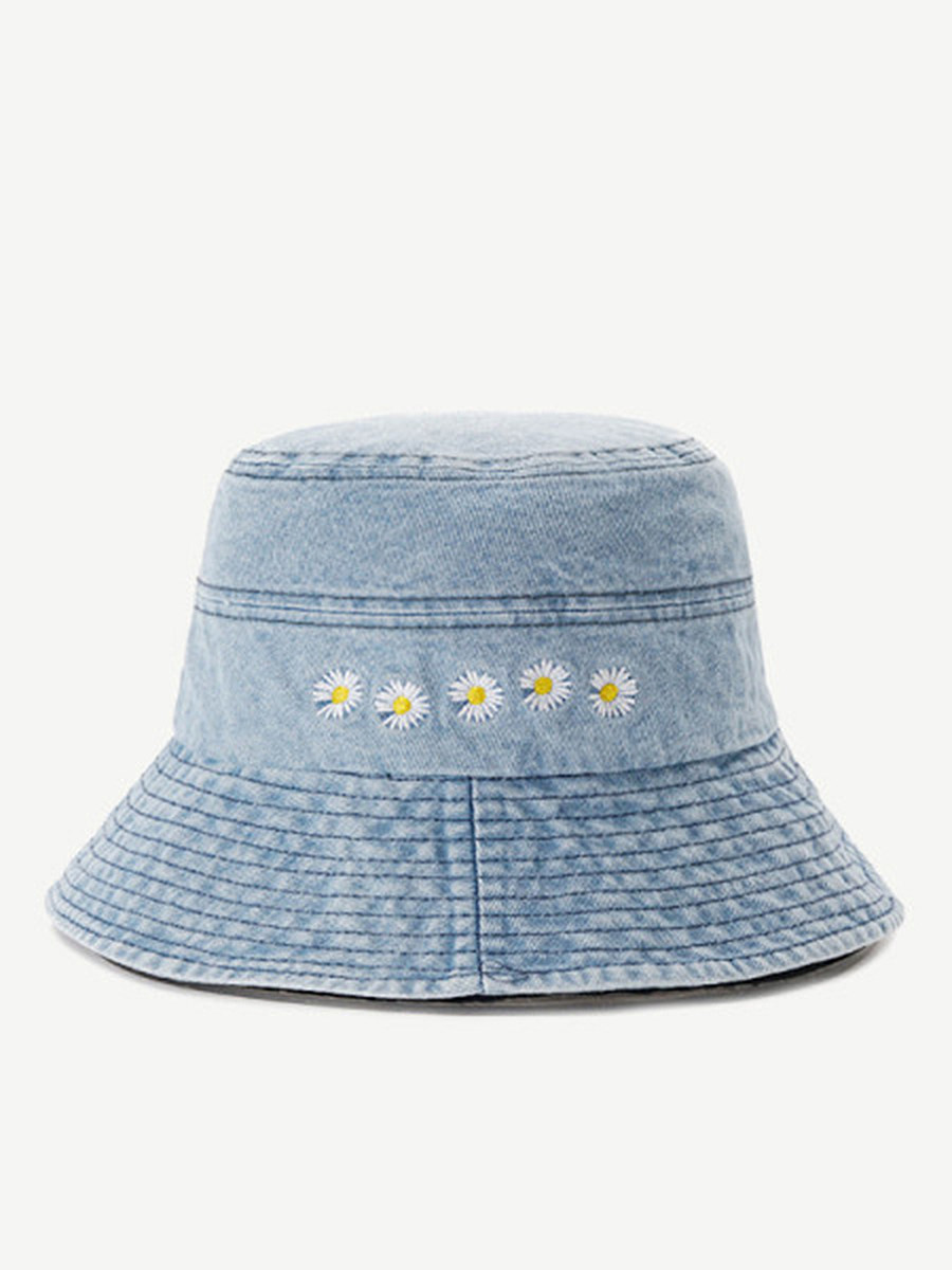 Daisy embroidered fisherman hat
