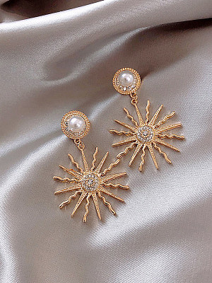 Personality ancient Roman sun god earrings