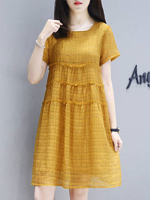 Berrylook coupon: Solid Color Short Sleeve Round Neck Shift Dress
