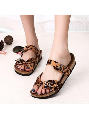 Flat Leopard Flip Flops, 11230817