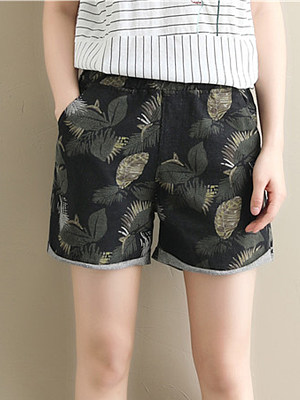 Summer denim shorts фото