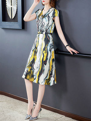 Waist watercolor ice silk dress gender:woman, elasticity:no, lining:have, season:summer, length:middle skirt, penetration:no, material:polyester, pattern_type:printing, sleeve_length_1:short sleeve, sleeve_type:regular sleeve, top_collar:v collar, design:belt, laundry_guide:machine washable, dress_occasion:wedding,dinner, banquet,daily,get together, type:a-line skirt, style:lightly cooked,elegant, sleeve length:11,length:92,bust:92,shoulder width:37,