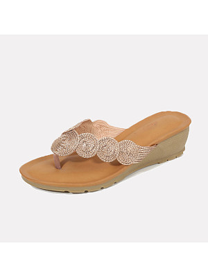 Women Fashion Gold-lined Clip Toe Wedge Sandals