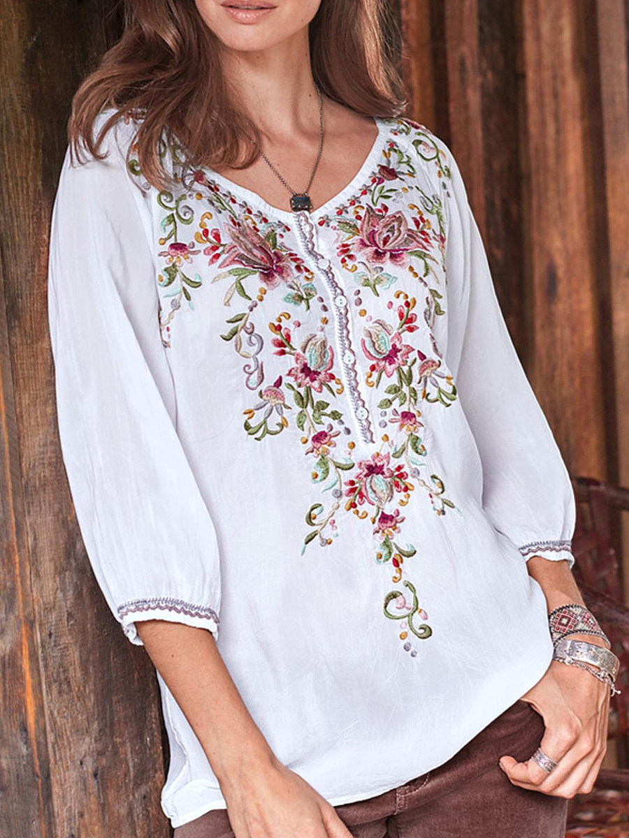 Round Neck Bohemia Floral Three-quarter Sleeve Blouse