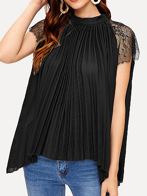 Round Neck Patchwork Lace Short Sleeve Blouse